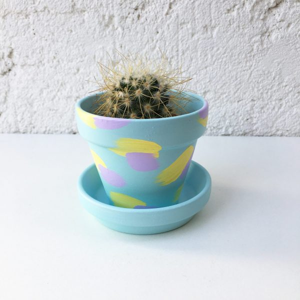 Blue pastel plant pot, hand painted pastel colour plant pot, small blue plant pot
